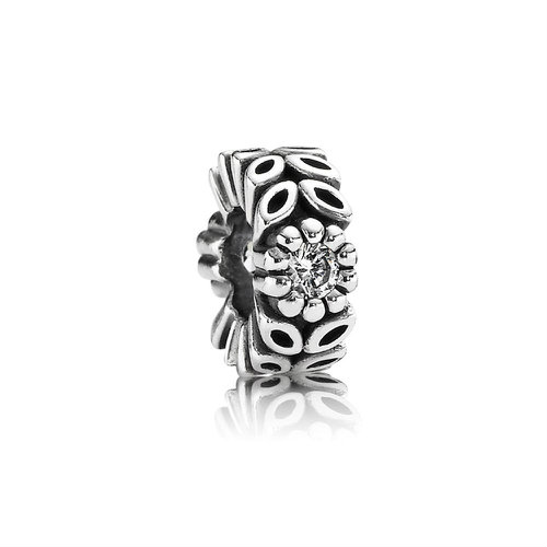 2018 Pandora Sparkling Forest Flower Spacer 791224CZ